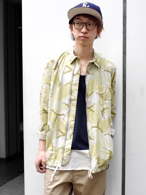 【CASH CAのカモフラージュ柄のシャツ?ブルゾン?】