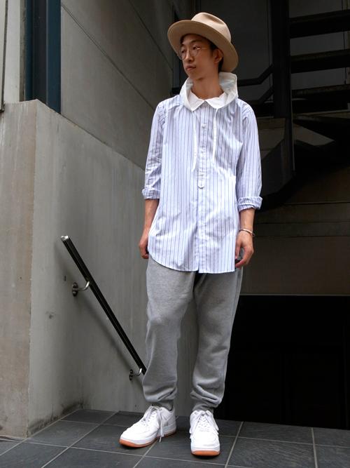 VOTE MAKE NEW CLOTHESのレイヤードスタイルに欠かせないロングシャツ