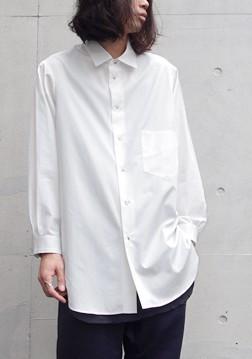【Edwina Horlのビッグシルエットのシャツ】
