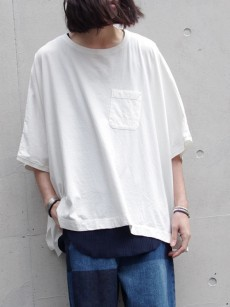 TALKING ABOUT THE ABSTRACTIONのポンチョTEE