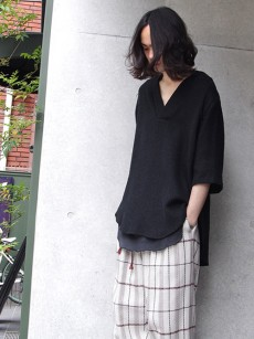 Edwina Horlのプルオーバーシャツ