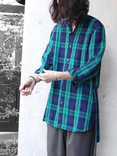 FFIXXED STUDIOSのチェック柄ロングシャツ