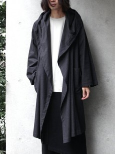 TROVE // KANGAS HOODED GOWN