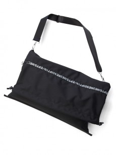 soe // Lettered Zip Shoulder Bag