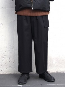 wizzard // WOOL WIDE CROPPED PANTS