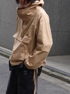 VOAAOV // cotton anorak